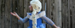 Frozen: Elsa crochet hat with braid